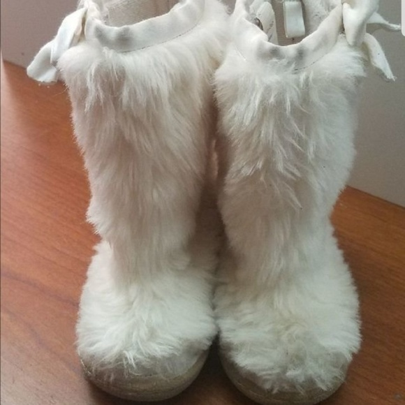 GAP Other - Fur boots